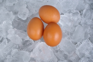 bigstock-Boiled-Or-Raw-Egg-8015047